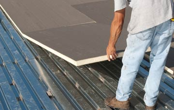 benefits of insulating Dalmarnock flat roofing